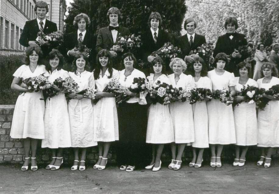 122. 1980b klase.jpg