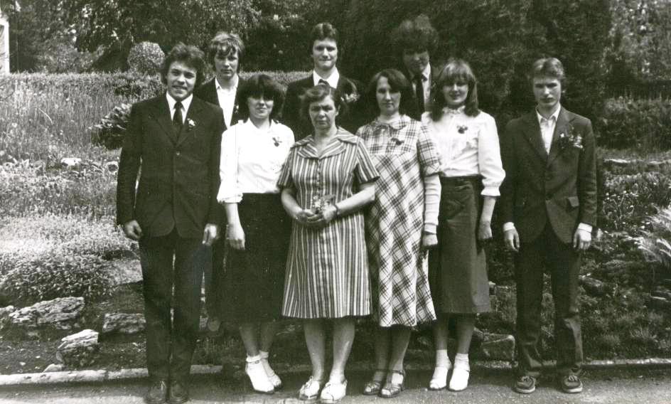 32. 1983 kr.jpg
