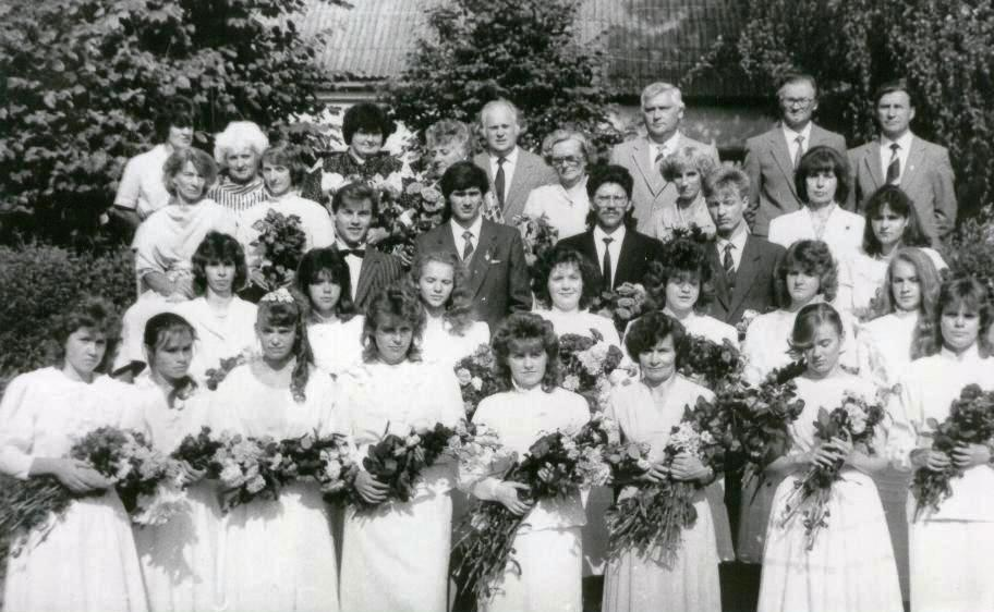 132. 1988.jpg